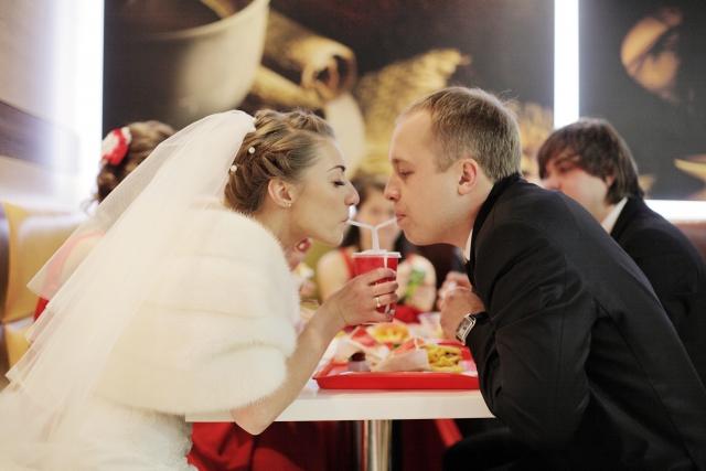 結婚は女性の人生の転機になるのか? ママたちの意見は?