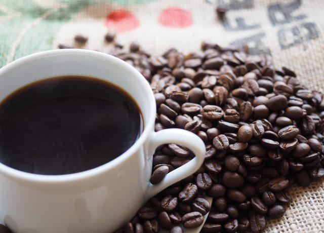 のんびりコーヒーを味わうなら…ママが行きたいのはスタバ?コメダ?