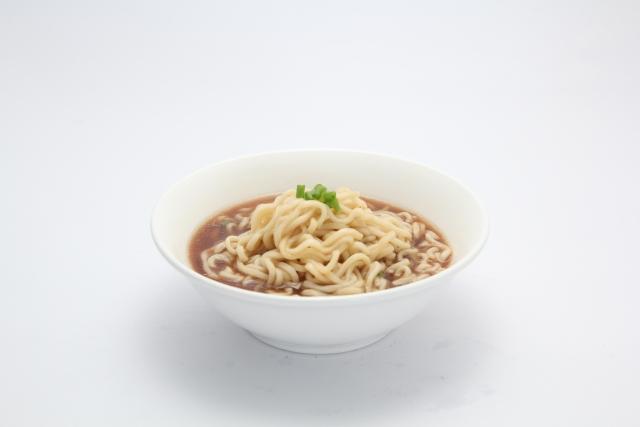 ママはよくても子どもはダメ⁉ インスタント麺を子どもに食べさせてる?