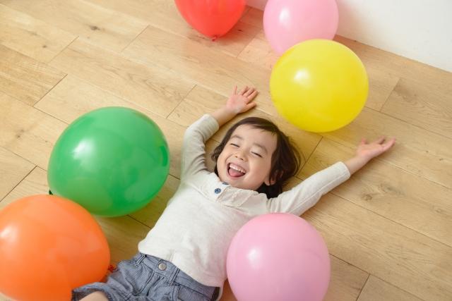 イヤイヤにエンドレス…2~3歳児との遊びでママが困ることは?