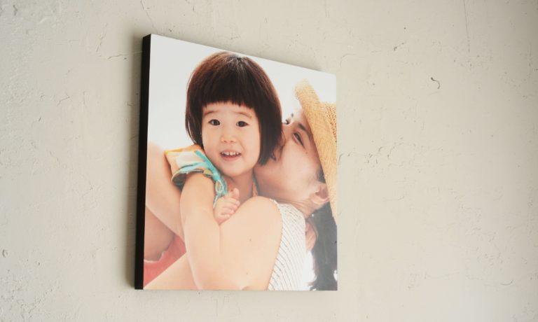 【プレゼント】子どもの画像をインテリアに。ネットプリント「WALL DECOR」~子どもの写真を貼って自己肯定感をUPさせるほめ写にもおすすめ~