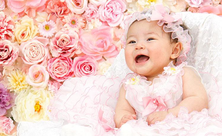 赤ちゃんの成長記念に最高の1枚を撮ろう! 衣装が選び放題&撮り直しOKがうれしい 『スタジオマリオ』