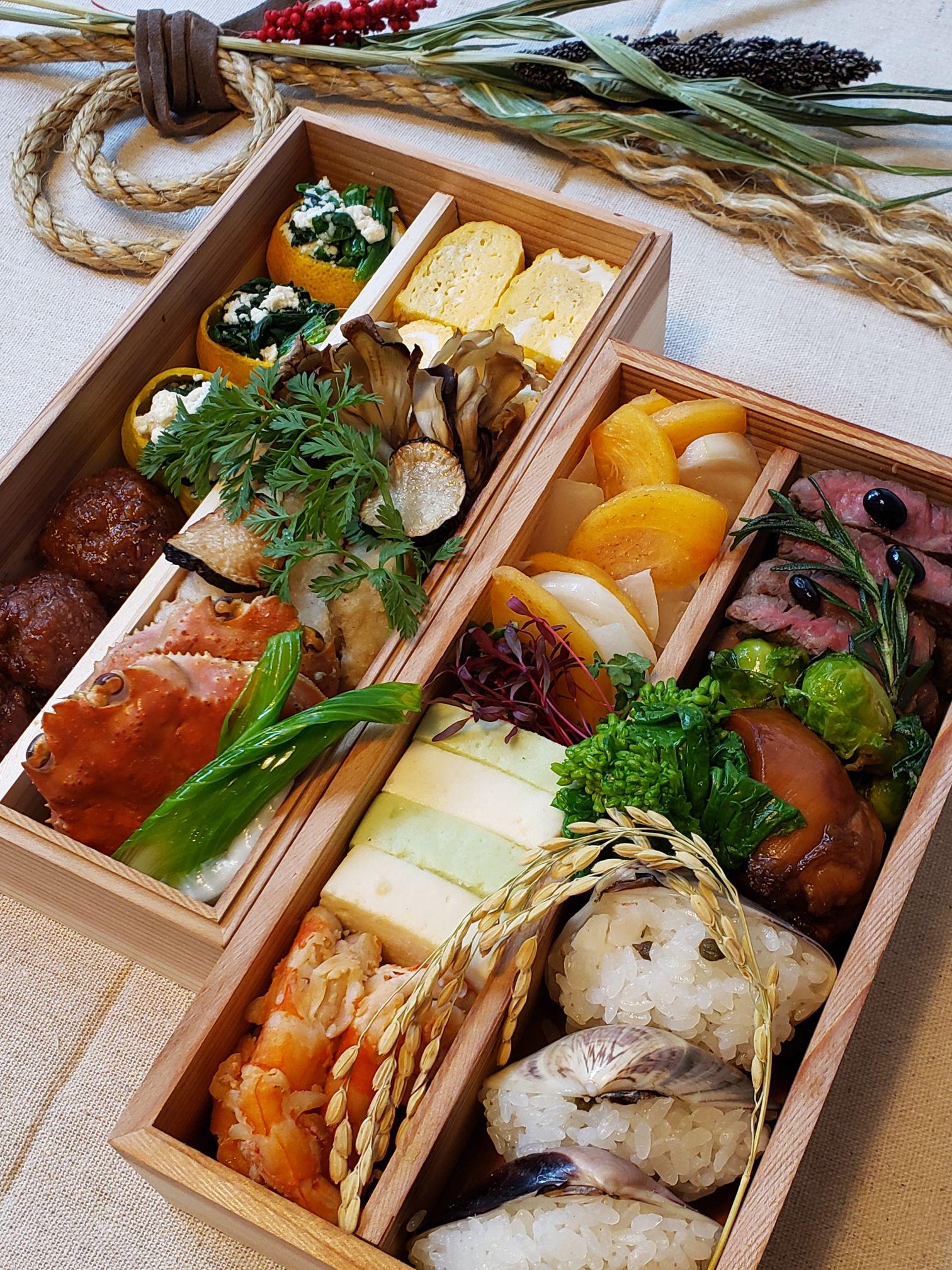 山本千織さんの彩り豊かなおせち弁当