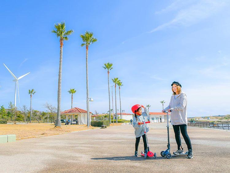 親子で遊べるGLOBBER!大人も乗れる三輪キックスクーター「ULTIMUM」&「Primo Foldable Light」モニターレポート