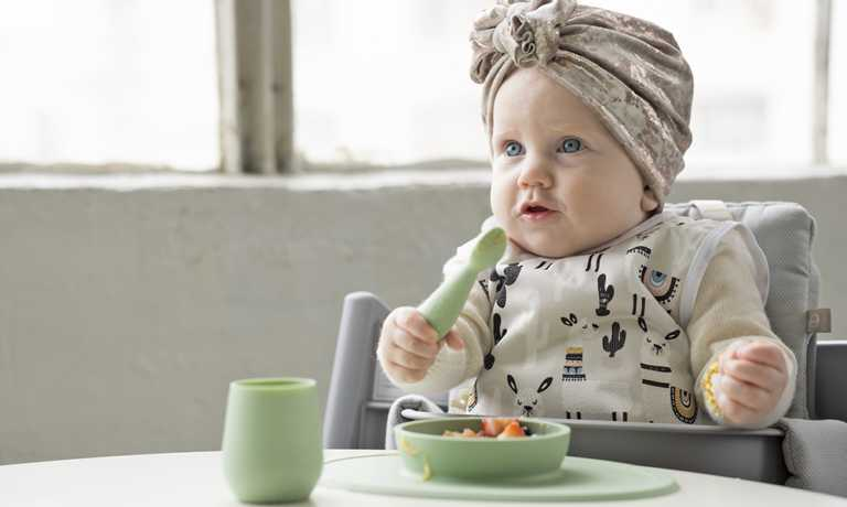 離乳食の片付けが断然ラク!テーブルにぴったりくっつくベビー食器ezpz(イージーピージー)」のモニター募集!