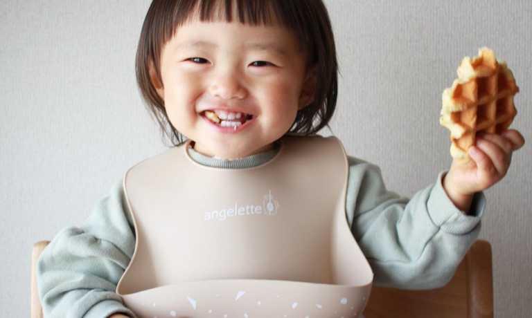 ギフトにもオススメ「angelette JuiceBarシリーズ シリコンビブ」モニターママの口コミ!
