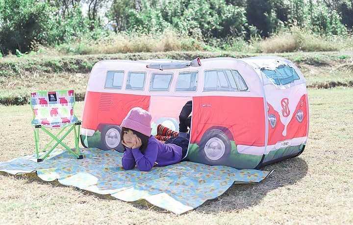 フォルクスワーゲンバス型の「T1バス キッズテント」モニターママの口コミ!