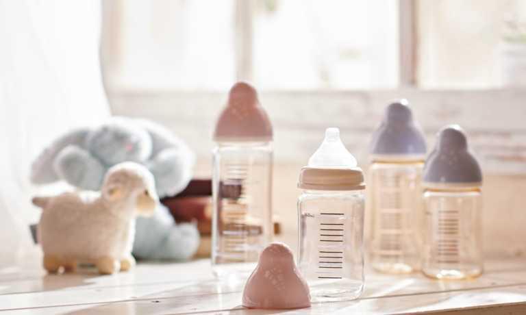 プレゼント!かわいらしく、使いやすい♪ChuChu「広口タイプ耐熱ガラス製 哺乳びん(160ml)」