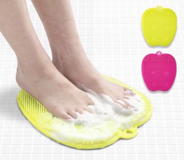 プレゼント!足のニオイが気になったら洗い方を見直す!成長期の子どもにおすすめの足裏専用ブラシ「フットグルーマー・スタート」